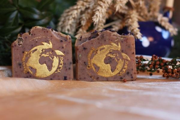 Nature soap neem oil - propolis - thyme